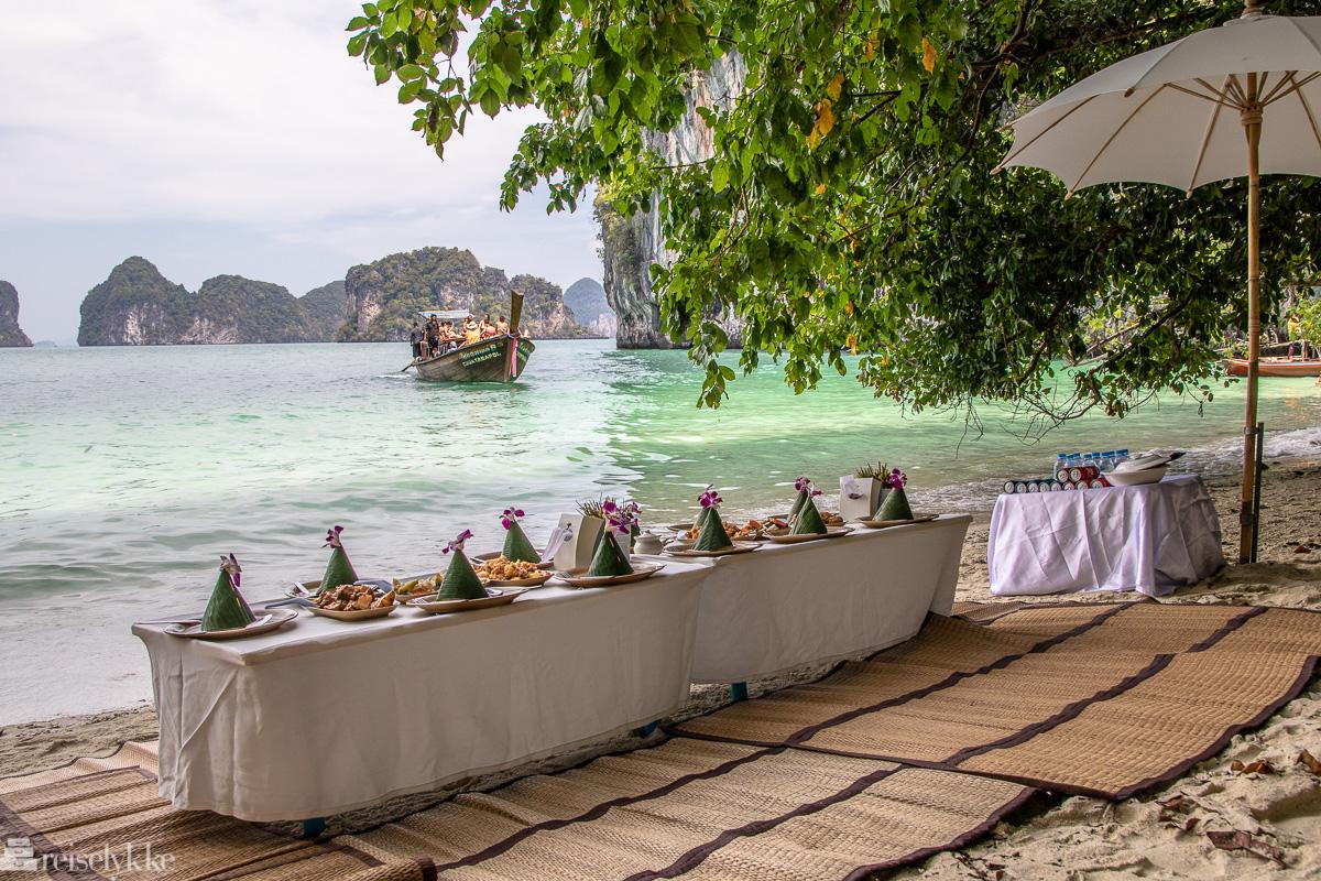 Lunsj med vakker utsikt på Koh Hong