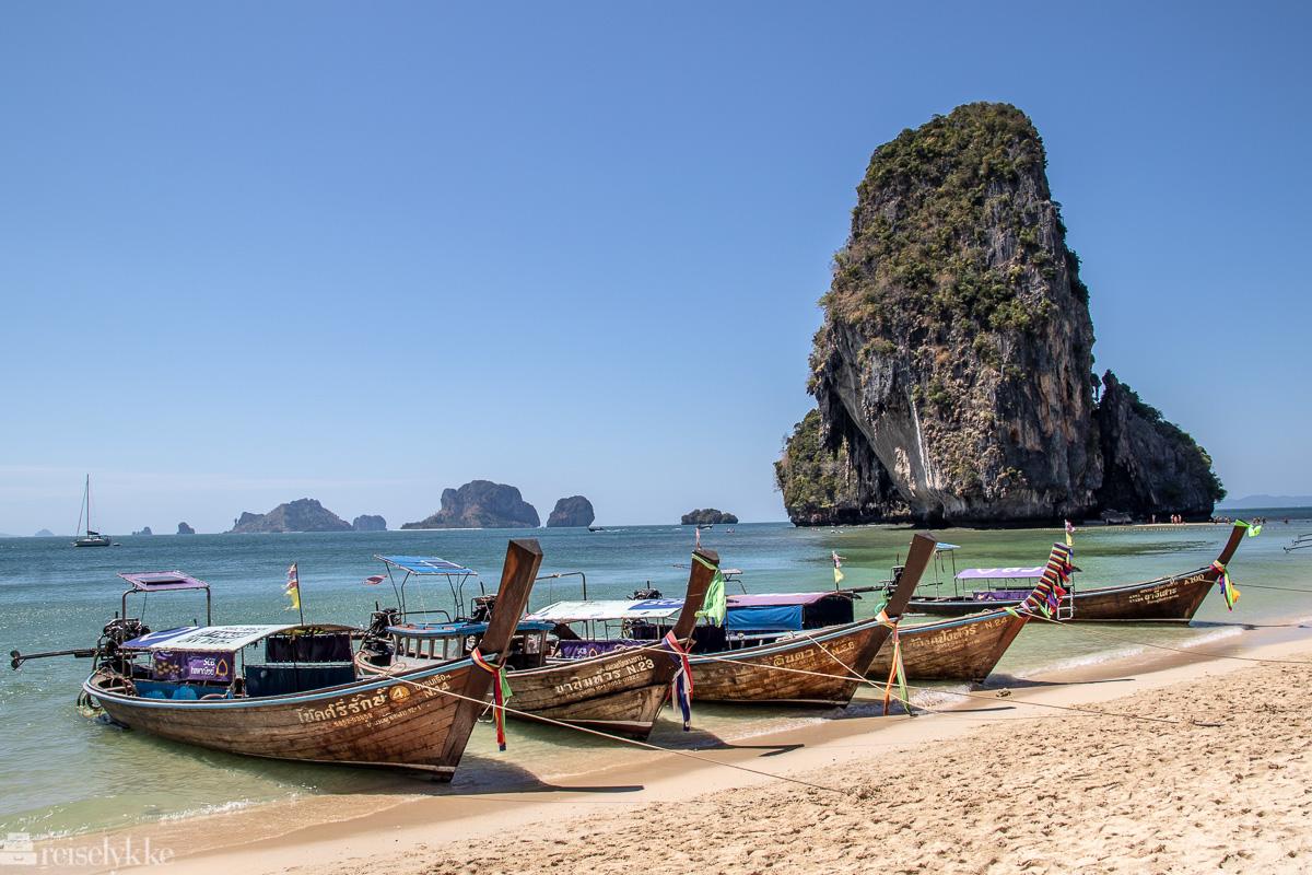 Longtailbåter ved Tonsai Beach