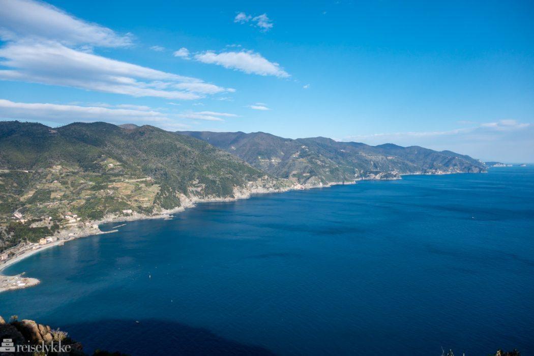 Panoramautsikt mot Cinque Terre