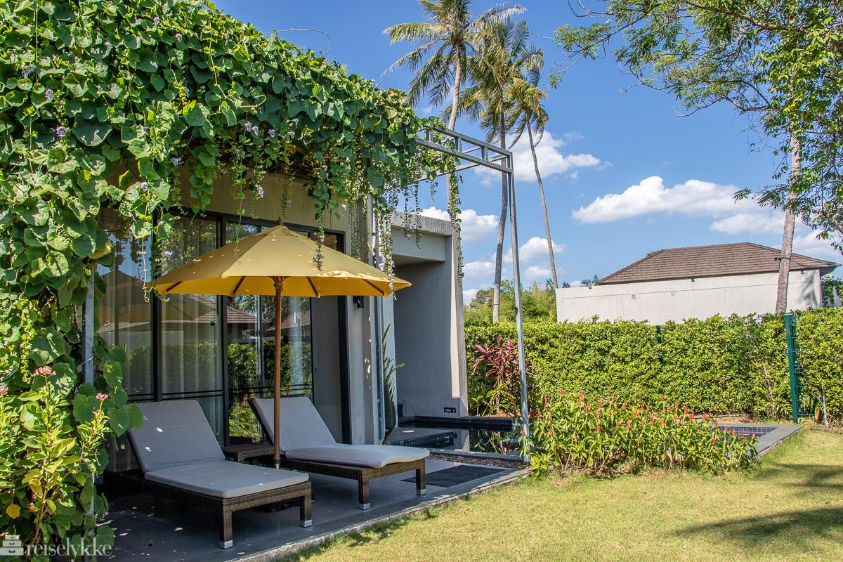 Villa med egen hage og basseng