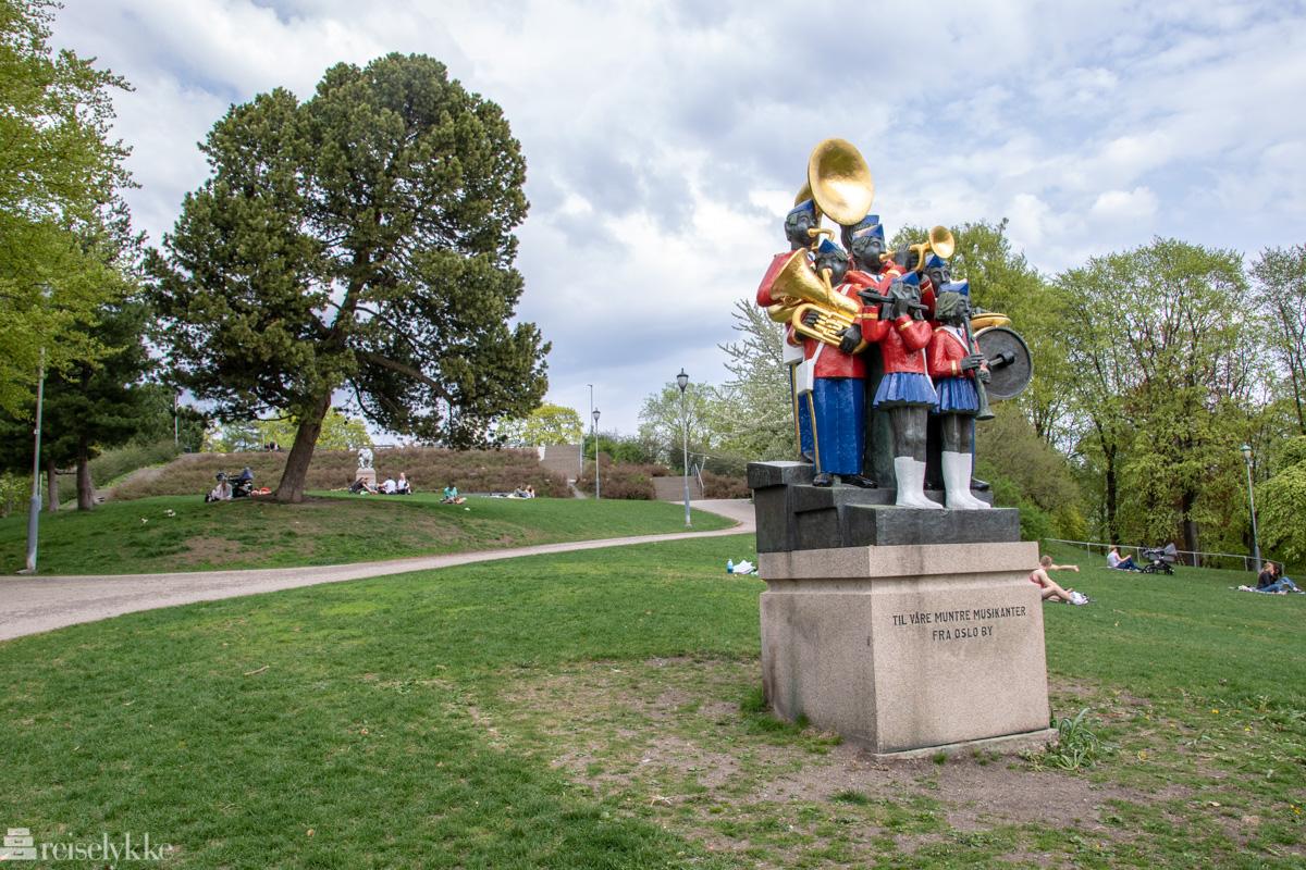 Statue musikanter St. Hans haugen park