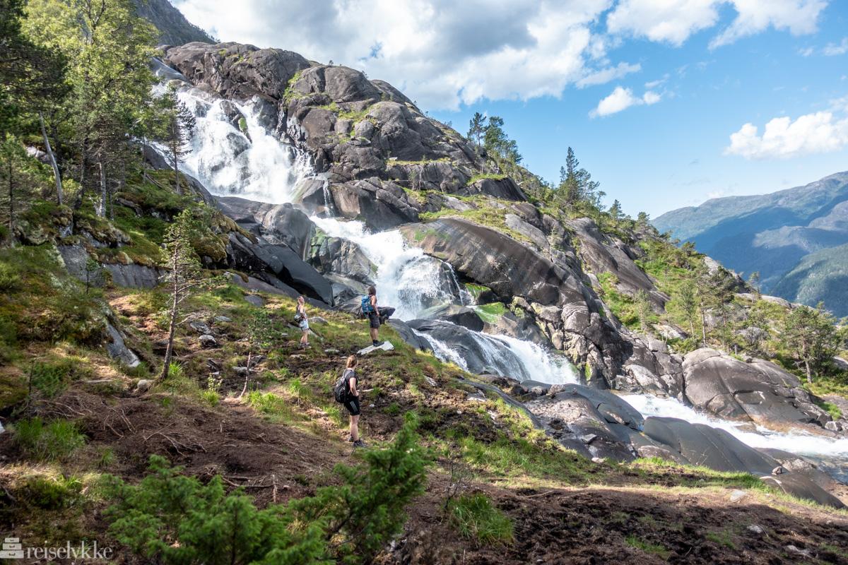 Langfoss - halvveis til toppen