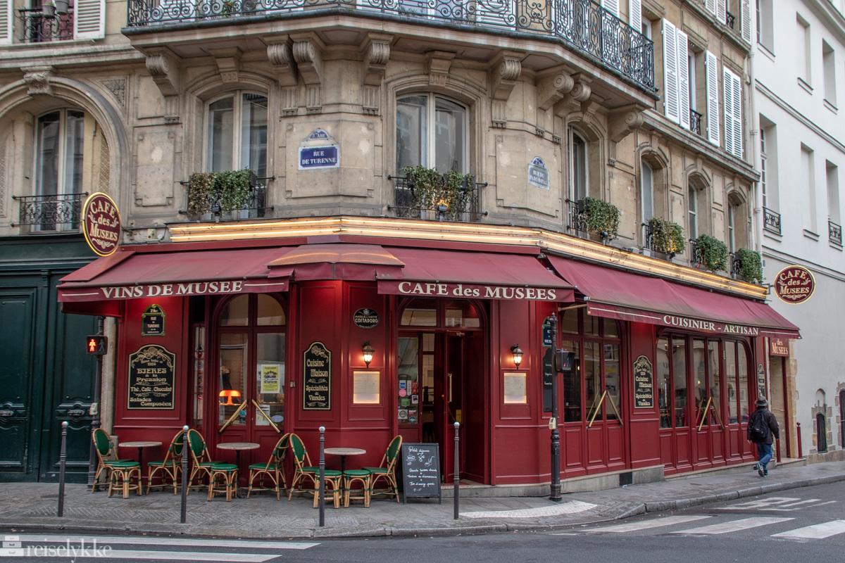 Cafe des Musees
