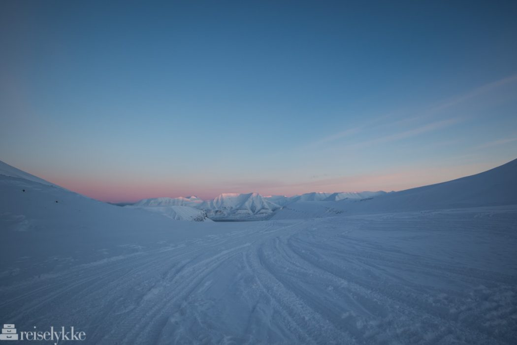 Svalbard_isgrottevandring