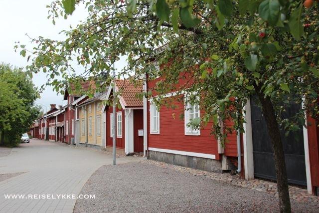Sjarmerende, historisk og vernet trehusbebyggelse midt i Falun sentrum