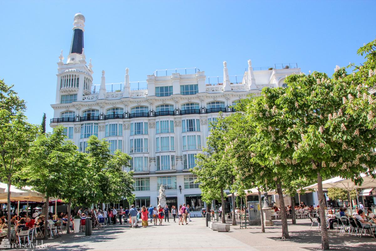 Plaza de Santa Ana i Madrid