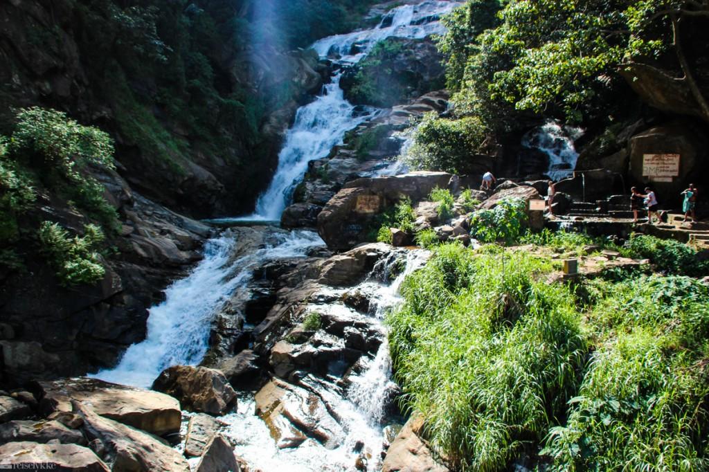 Ella, Sri Lanka: fjelltopper og teplantasjer.