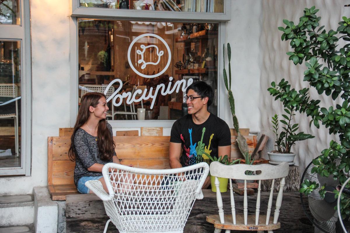 Jasmin og Dennis utenfor Porcupine