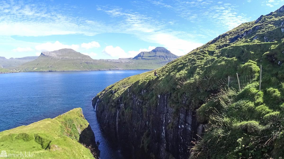 Jóhannus rapellerer på Færøyene