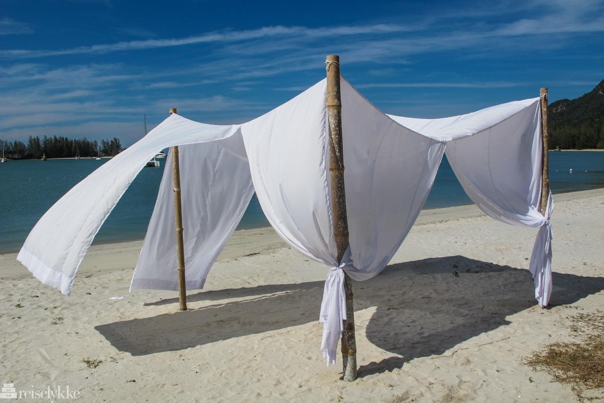 Rolig stemning på stranden på Langkawi