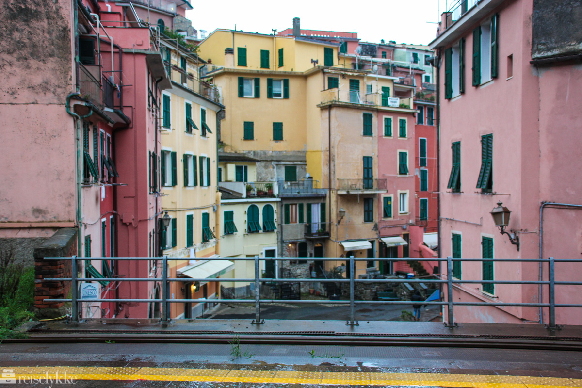 Togperrongen i Vernazza