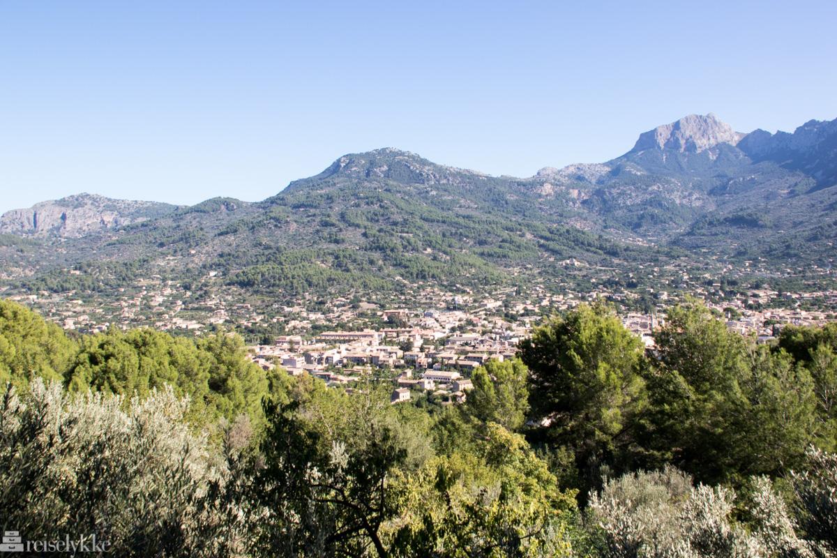 Utsikt fra stoppested Mallorca med Tren de Soller